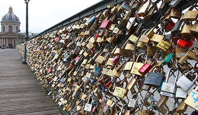 Paris Aşıklar Köprüsü