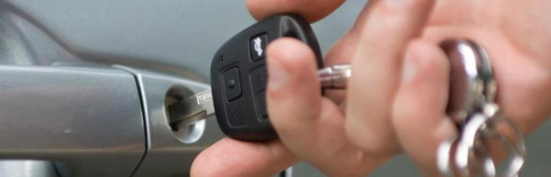 Yüzlerce Aracı Torpidodaki Yedek Çanta Anahtarı İle Çaldılar